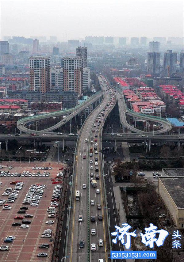 """济南市已进入全面复工期24日出现""""早高峰""""企业开工率达98.2%"""